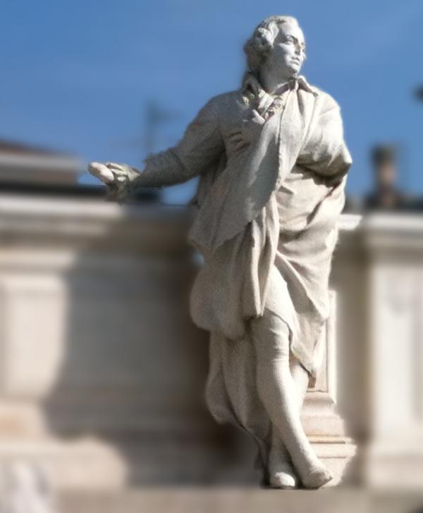 Domenico Cimarosa, monumento ad Aversa